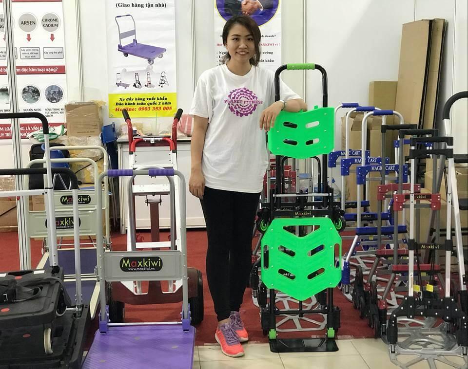 Sản phẩm xe đẩy hàng của Maxkiwi được nhiều khách hàng đánh giá cao
